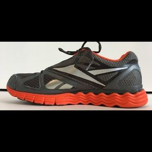 REEBOK Men's VIBETECH Sz11.5 Athletic/Running Shoe